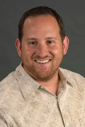 Seth Kurzban of the USC School of Social Work is an expert in severe and persistent mental illness, chronic homelessness or incarceration, and substance abuse.