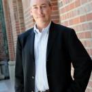 Dan Schnur, political analyst