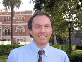 Gerardo Munck, Latin American politics expert