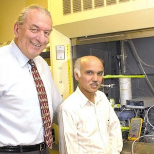 Olah-and-Prakash_lab_2-CROPPED.141446
