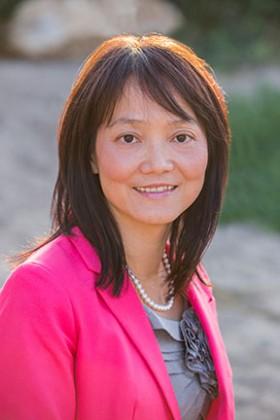 Shinyi Wu of the USC School of Social Work is an expert in health systems and cost-effectiveness of health services.